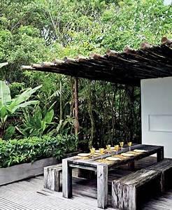 Terrasse Avec Palette : pergola rodin de bois et table palette sur une terrasse ~ Melissatoandfro.com Idées de Décoration