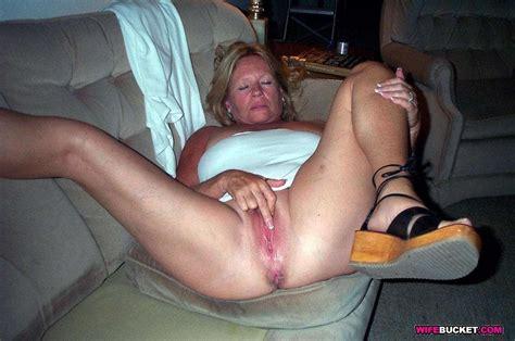 Amateur Sex Pics With Hot Moms