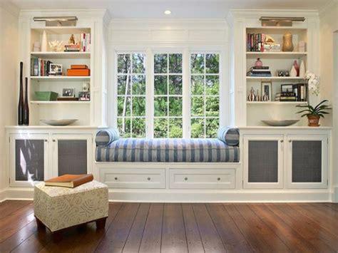 window seat  bookshelves american hwy ellens