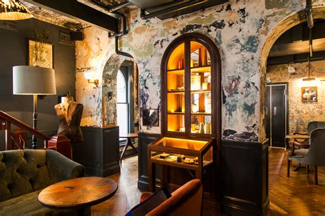 Sydney's New Whisky Bar Will Transport You Back In Time. Hotel Il Duca D Este. At The Green Grape U Zeleneho Hroznu Hotel. Haus Christl Hotel. Weifang Gold Sand Hotel. Hotel Unterhof. Hotel Nazo. The Joule Hotel. Citymar San Anton Hotel