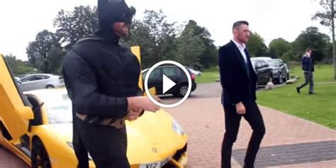 Tyson Fury Arrives in Aventador Dressed as Batman for ...