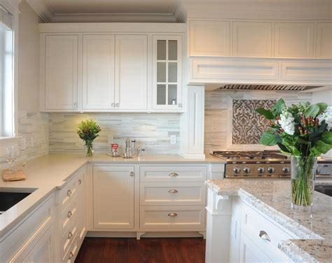 backsplash for white kitchen creating the kitchen backsplash with mosaic tiles