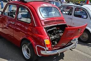 Pieces Fiat 500 Ancienne : arri re de voiture fiat 500 ancienne montrant le moteur photo ditoriale whiteaster 108426608 ~ Gottalentnigeria.com Avis de Voitures