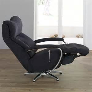 himolla easyswing armstrong small manual recliner at smiths the rink