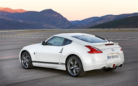 white nissan car white nissan 370z gt wallpapers and images wallpapers