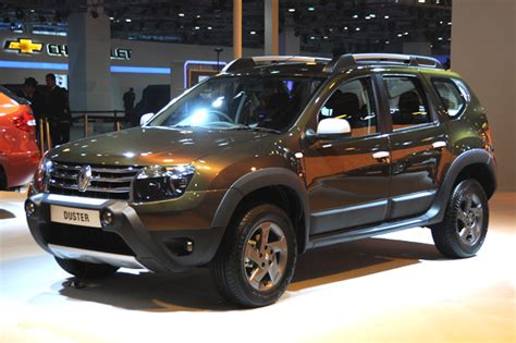 renault duster adventure edition launched  rs  lakh