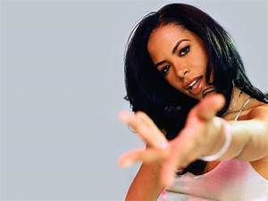 Aaliyah's Most Iconic and Copied Looks! | Jawbreaker