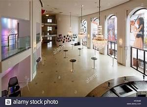 Staatstheater Mainz Kleines Haus : empfangshalle stock photos empfangshalle stock images alamy ~ Bigdaddyawards.com Haus und Dekorationen