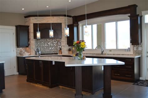 New Classic Traditional Kitchen Designs  Traditional