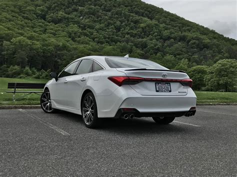 edgy sophistication  toyota avalon touring review