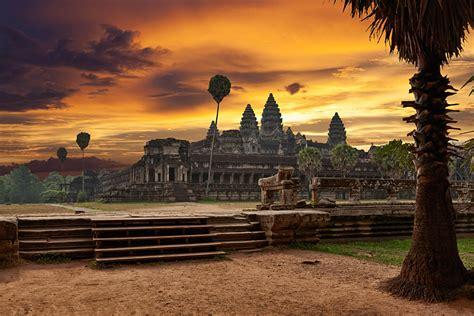 vist  angkor wat temples    cambodia  gem goway
