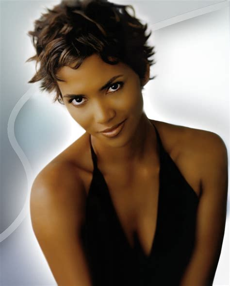 hairstyles popular  celebrity halle berry short curly
