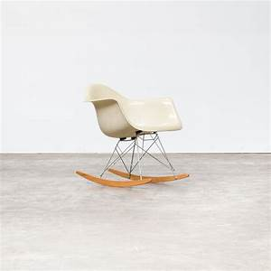 Eames Chair Kopie : charles and ray eames rar rocking chair for herman miller barbmama ~ Markanthonyermac.com Haus und Dekorationen