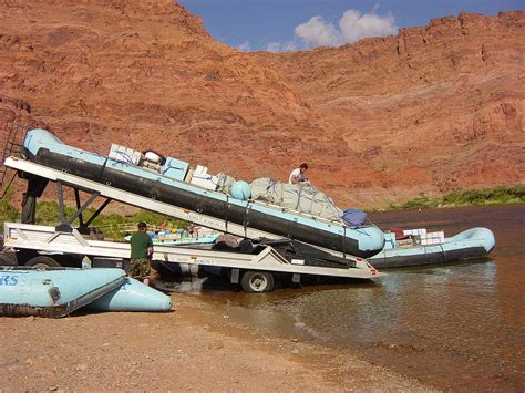 List of Colorado River rapids and features - Wikipedia