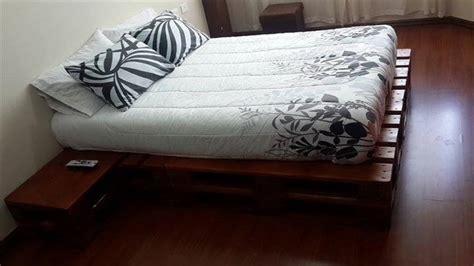 built wood pallet platform bed easy pallet ideas