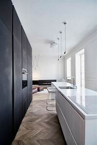 Monochrome, Minimalist, Apartment, With, A, Magnetic, Appeal, In, Moscow