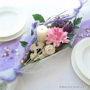 Tischgestecke Selber Machen : tischdekoration im trend mit sizoflor moderne tischgestecke in violet ~ Frokenaadalensverden.com Haus und Dekorationen