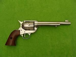 Colt peacemaker 1873 - Legendární zbraně