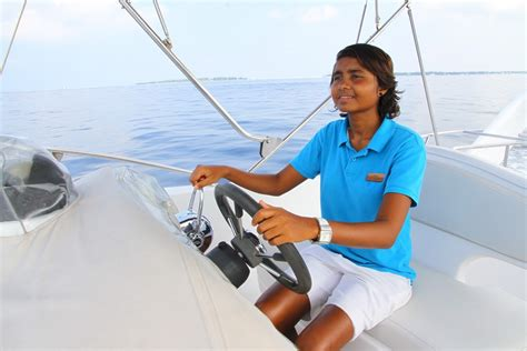 Boat Captain by Archives Maldives Complete