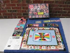 Tv Board Vintage : vintage 1984 tv guide trivia board game 6000 tv trivia questions complete ebay ~ Markanthonyermac.com Haus und Dekorationen