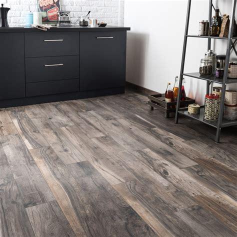 raclette salle de bain carrelage sol et mur brun cendr 233 effet bois elbe l 15 x l 100 cm leroy merlin