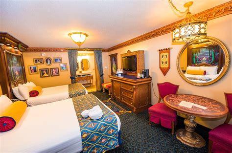 Royal Rooms At Port Orleans Riverside Review Disney