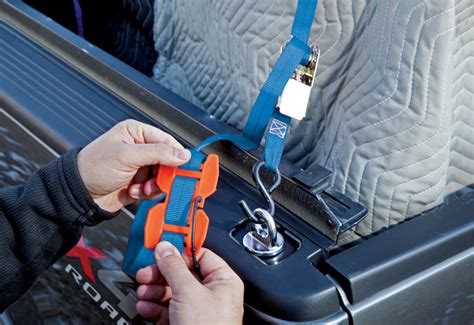 bench dog tools unveils strap loc  device secures
