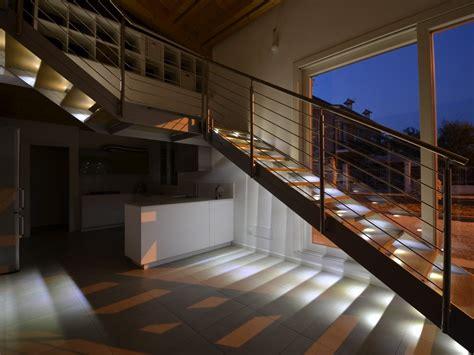 illuminazione per scale interne illuminazione scale interne up28 187 regardsdefemmes