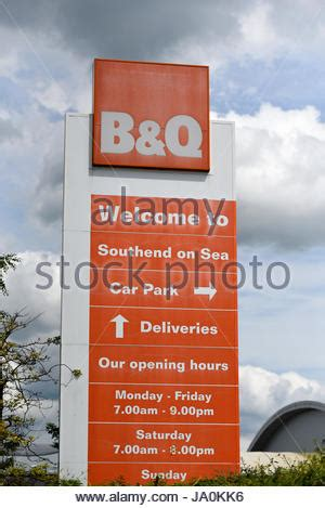 diy store sign  logo  halesowen west midlands