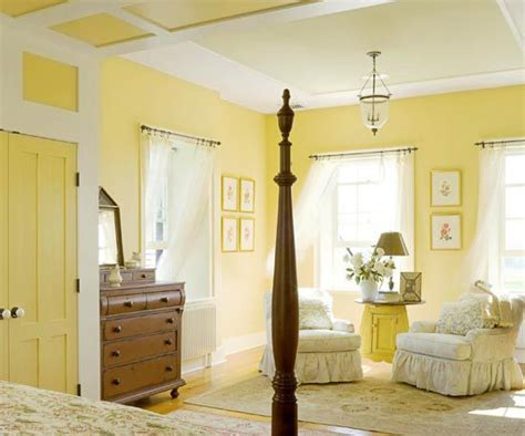 25+ Best Ideas About Light Yellow Bedrooms On Pinterest