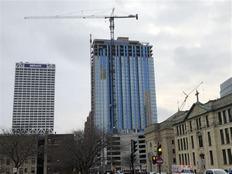 Milwaukee's Tallest Apartment Building Tops