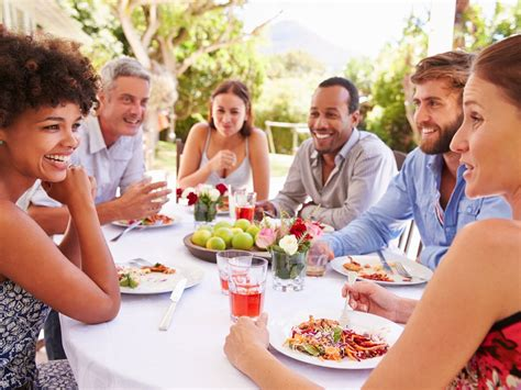 Rules For Dinner Party Etiquette  Business Insider