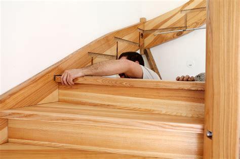 comment fabriquer un bureau en bois comment faire un escalier en bois