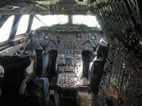crash test sieges auto aircraft design why was concorde 39 s cockpit so complex