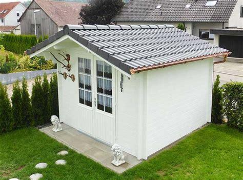 Dachpappe Und Dachplatten by Die Richtige Dacheindeckung F 252 R Ein Gartenhaus W 228 Hlen