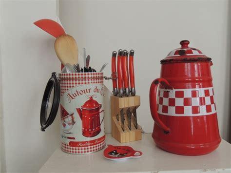 objet de cuisine objet deco cuisine maison design wiblia com
