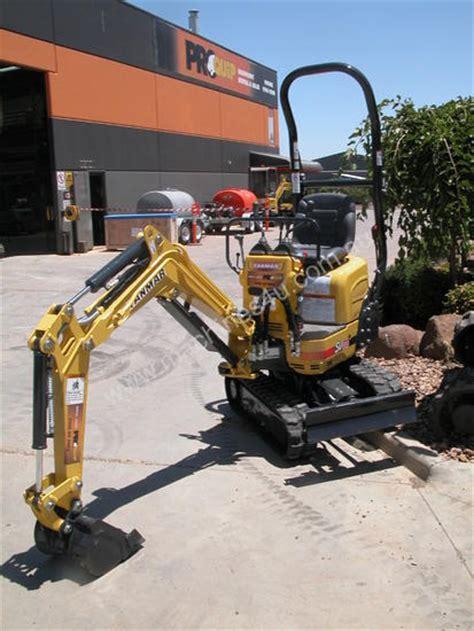 yanmar sv   tonne excavator  listed  machinesu