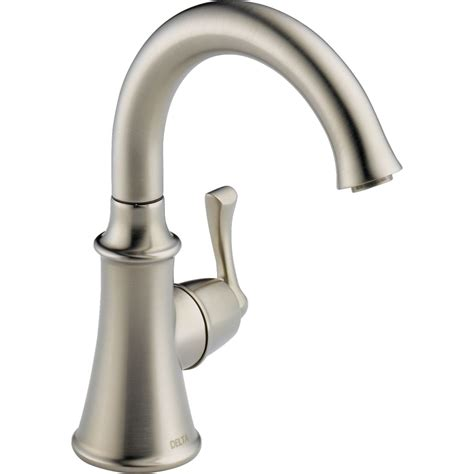 delta kitchen faucets delta faucet 1914 ss dst traditional brilliance stainless