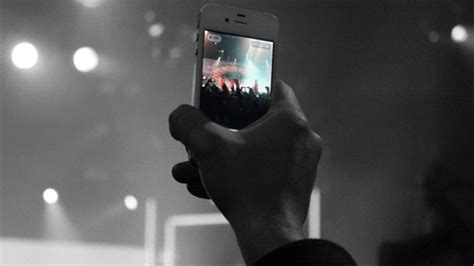 iphone animated gif iphone gifs find on giphy