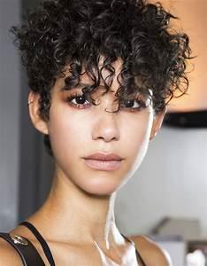 Coupe Carré Frisé : coupe au bol cheveux fris s 20 fa ons de moderniser la ~ Melissatoandfro.com Idées de Décoration