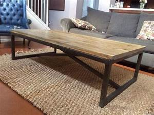 Coffee table outstanding reclaimed wood and metal coffee for Wood top metal legs coffee table