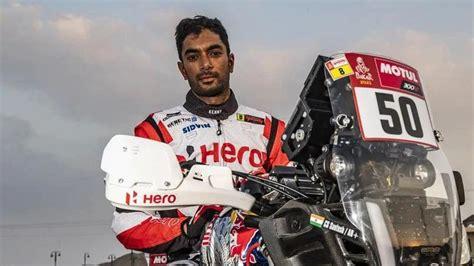 Indiešu sportists pēc kritiena Dakaras rallijā atrodas ...