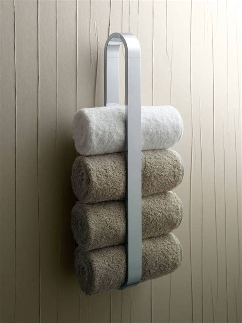 Wall Mounted Towel Rack Rolled Towels | Cosmecol