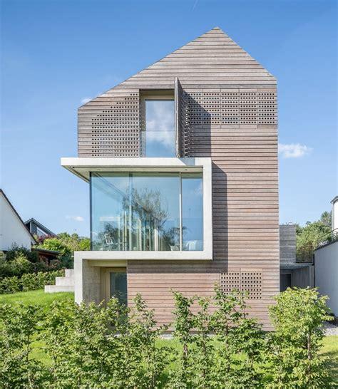 Moderne Schmale Häuser by Efh S34 Msm Architekten Innen Architekten Modern House