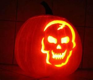 Halloween Kürbis Motive : halloween k rbisschnitzen vorlagen jack o lantern k rbis schnitzen unsere kleine ~ Eleganceandgraceweddings.com Haus und Dekorationen