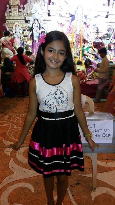 Anushka Sen Happy Nabami Facebook