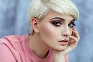 Comment Couper Les Cheveux Courts : vid o comment structurer des cheveux courts magazine avantages ~ Farleysfitness.com Idées de Décoration