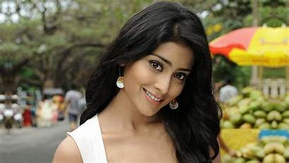 Brunette Smile Indian Blonde 4k Bollywood Shreya