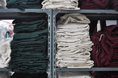 guardaroba abbigliamento come tenere l armadio ordinato il mio guardaroba it