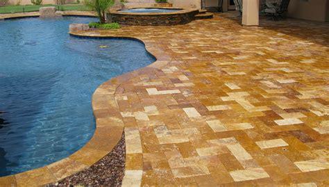 falling  love  travertine pavers pool deck homesfeed